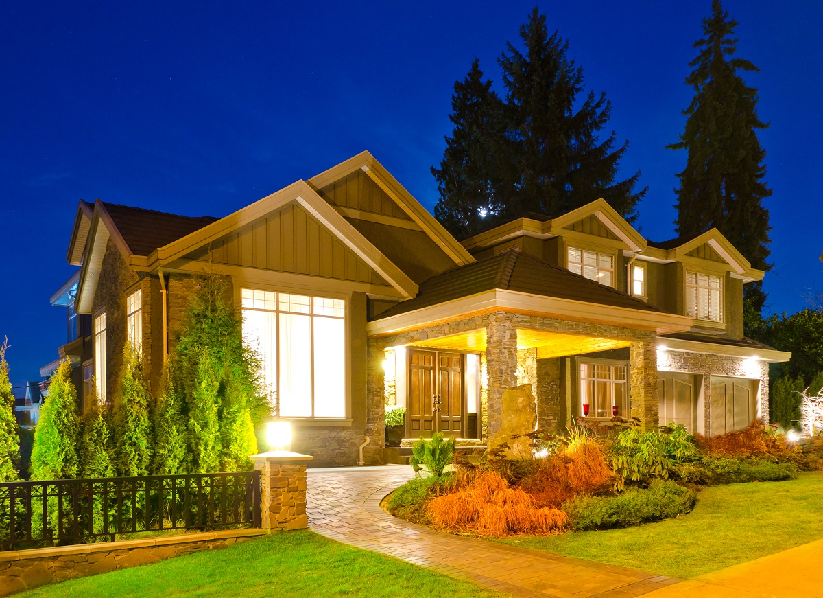 16-shutterstock_94631269- A luxury house in suburbs at dusk in Vancouver, Canada