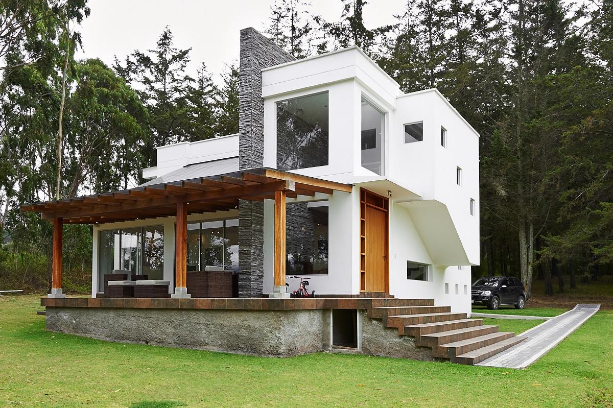 17-shutterstock_156948050- Big modern house