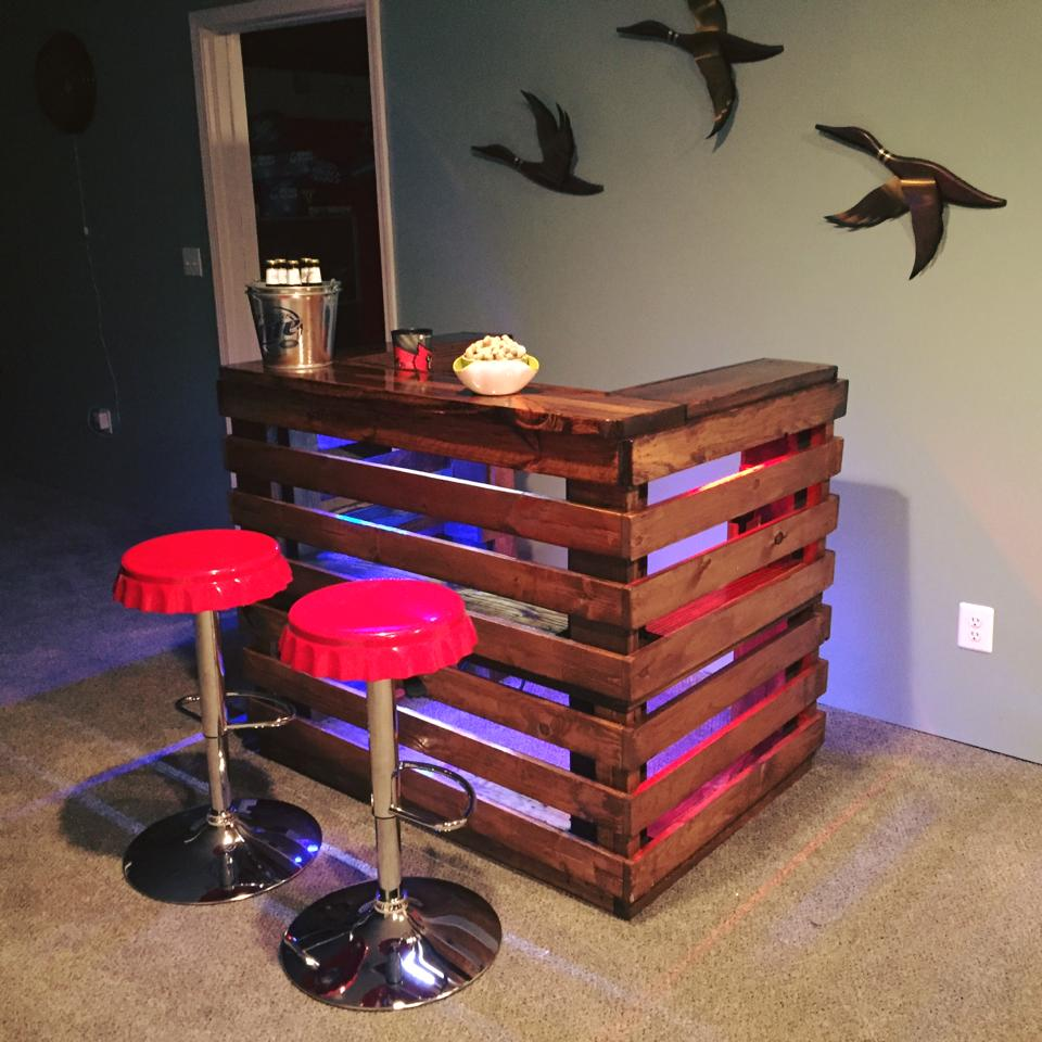 pallet-bar counter