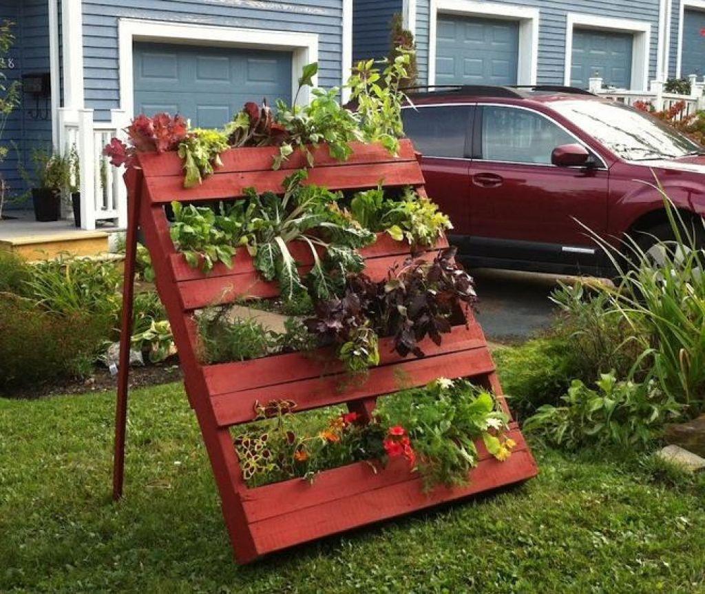 pallet board planter