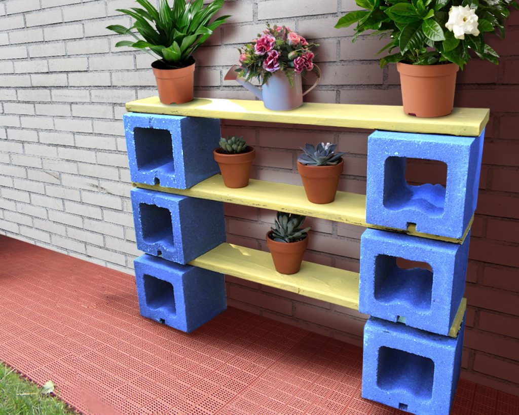 Diy alert 7 apartment organization ideas for you homebliss for Cinder block plant shelf