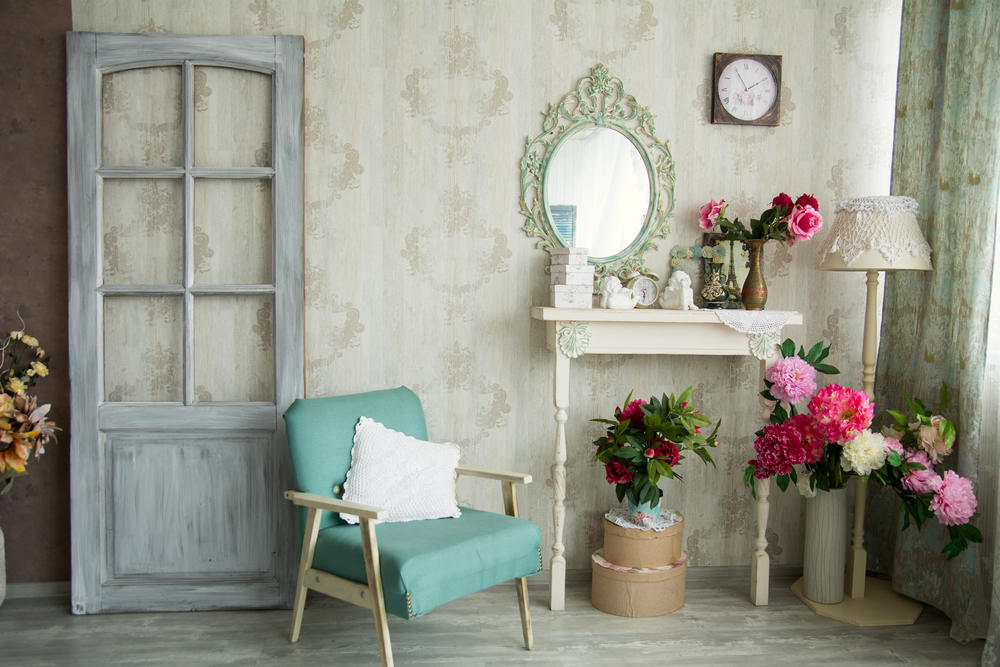 Distressed Furniture for Shabby Chic Style