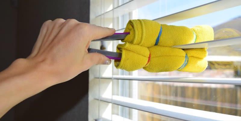 Window Blind Cleaner