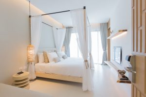 Tips to decorate your master bedroom