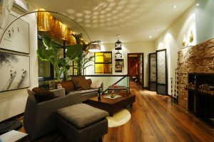 How to decorate with brown sofa