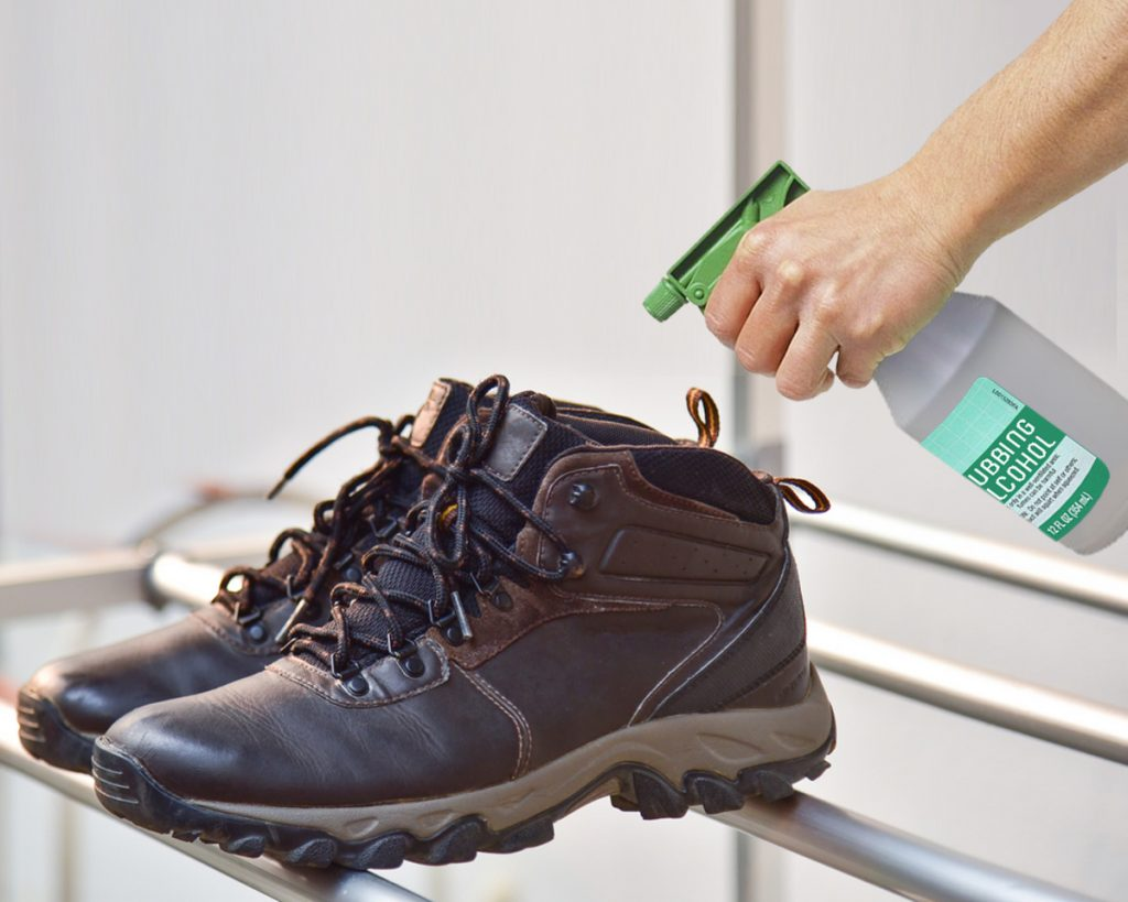 How to Remove Stinky Smell From Shoes