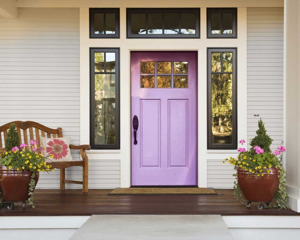 7 Ideas to Decorate with Lilac - enhance your home's curb appeal