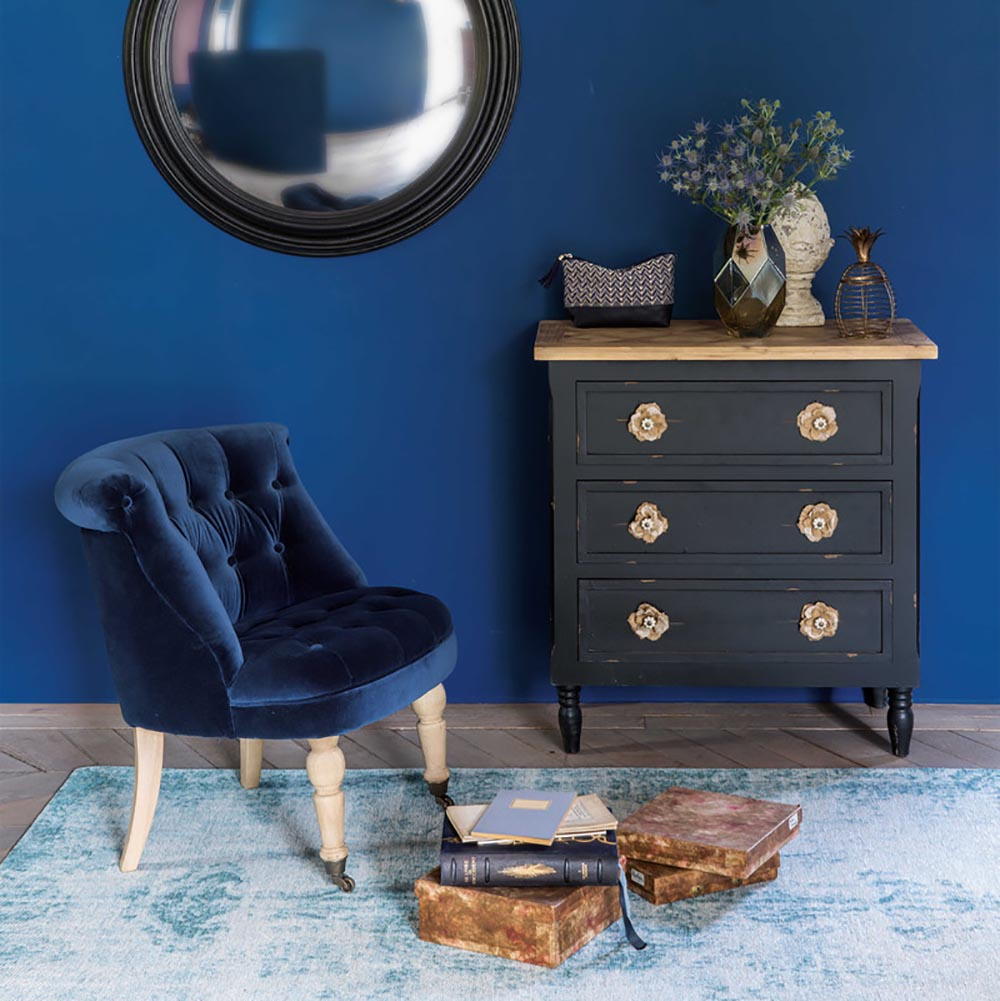 How The Blue Color Of A Room Affects Your Mood