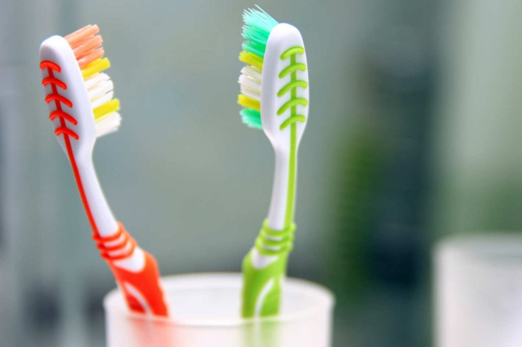 Dirtiest Things You Touch Everyday Toothbrushes