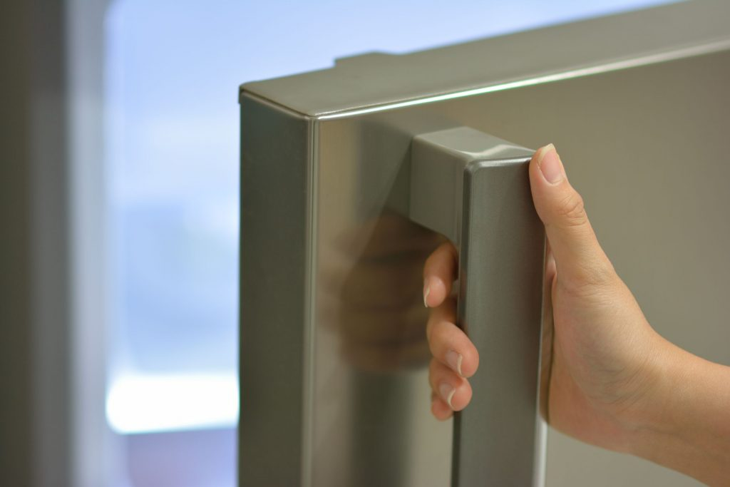 Dirtiest Things You Touch Everyday Refrigerator Handles