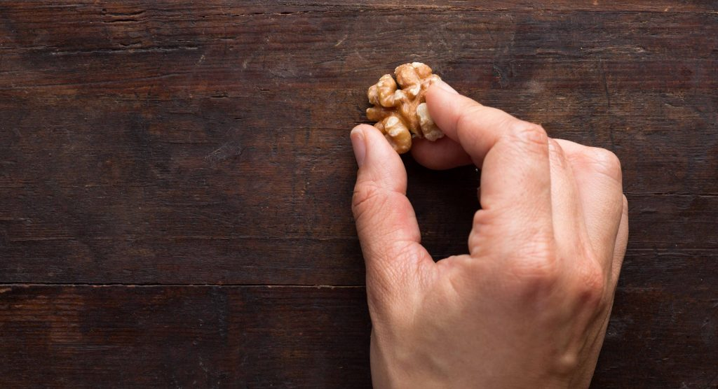 Clean Things With Food Walnuts To Help Restore Damaged Wood