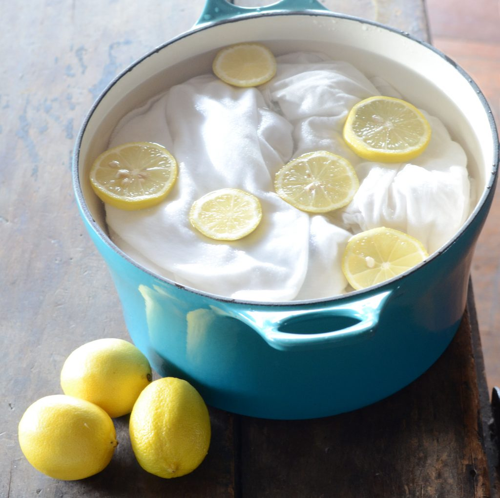 Clean Things With Food Lemon Juice For Stain-free Clothes