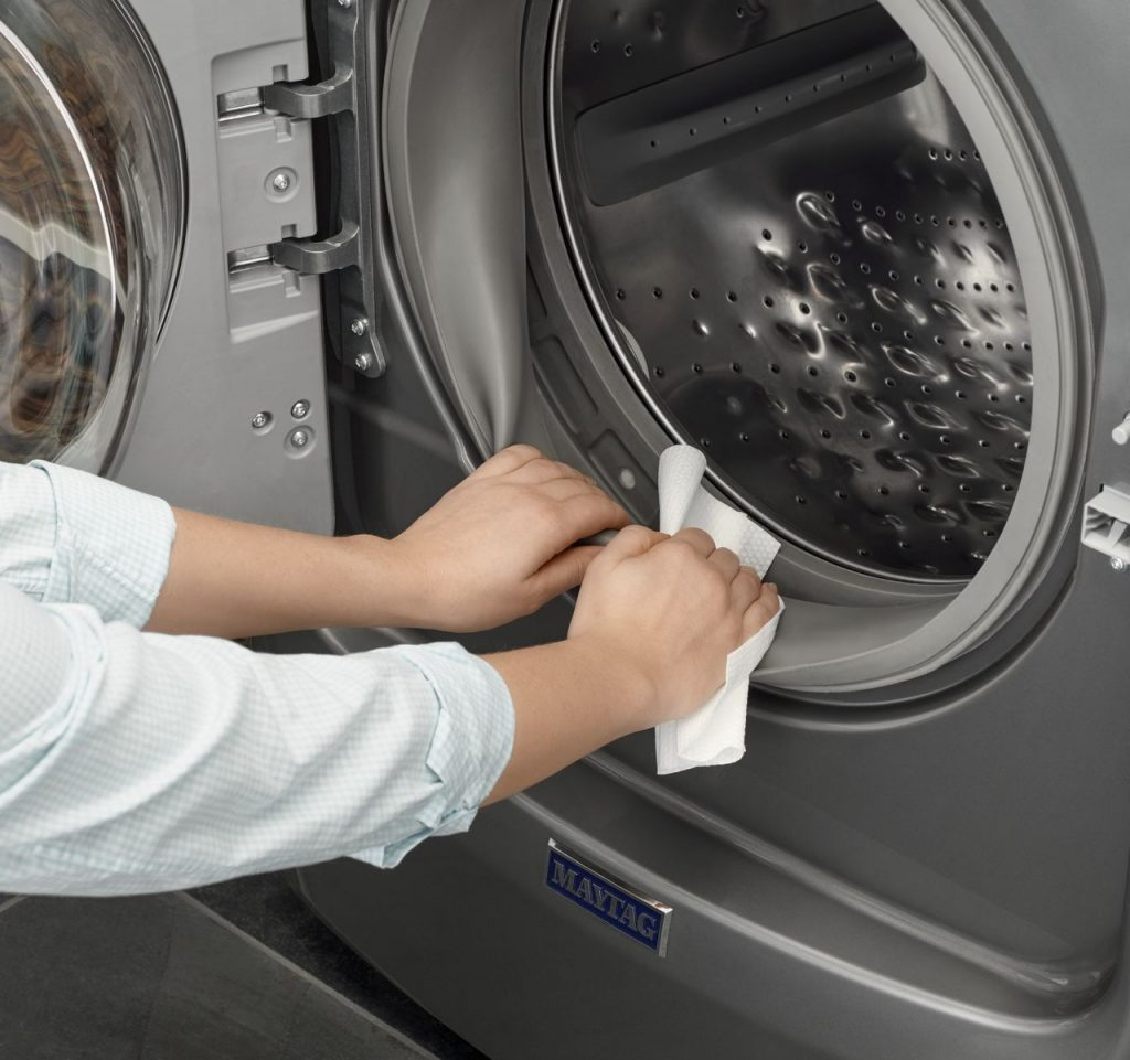 How To Clean Your Front-Loading Washing Machine Wipe The Door Seal And The Outside Of The Washing Machine