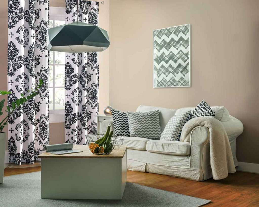 8 Ways to Decorate a Small Living Room