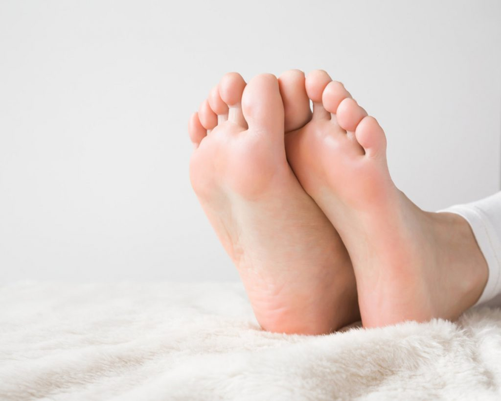 Unexpected Household Uses of Beer - Soothe sore feet