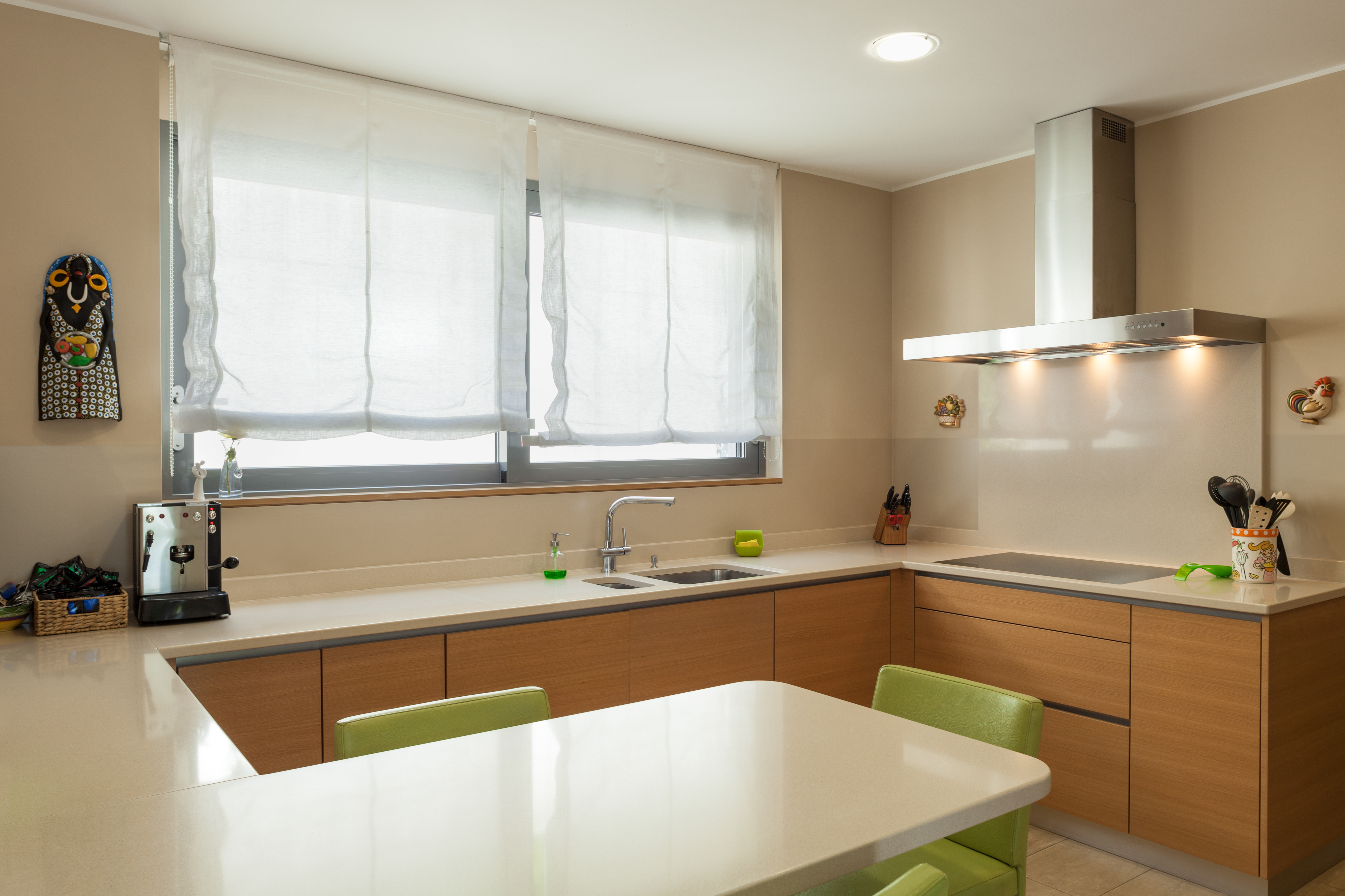 G-shaped Kitchens: How Good Are They? - Homebliss